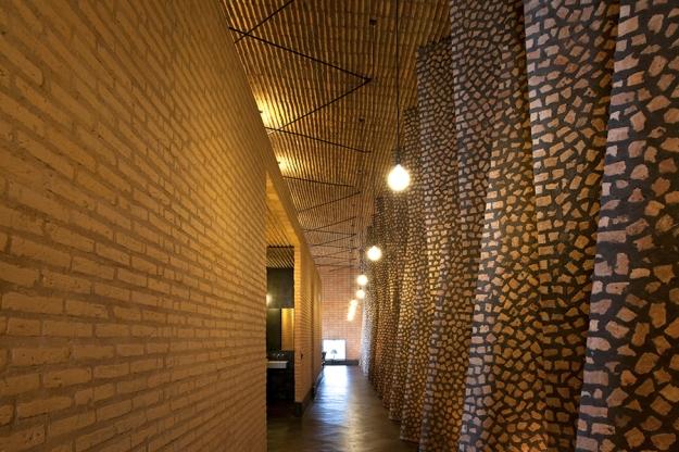 Gabinete de Arquitectura - Casa LA © leonardo finotti