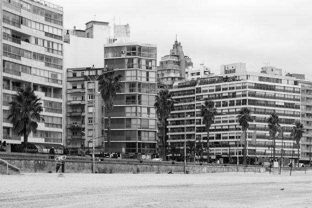 Luis García Pardo - Edificio El Pilar © gustavo hiriart