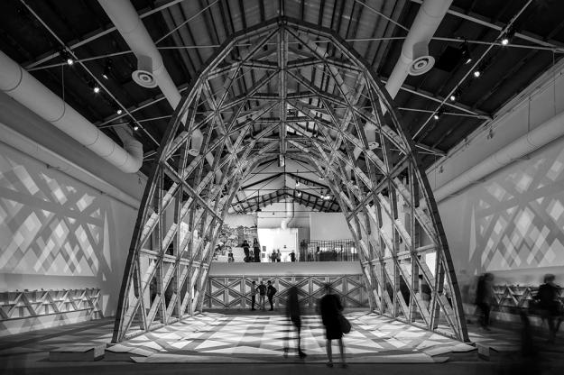 Gabinete de Arquitectura - Breaking the Siege © leonardo finotti
